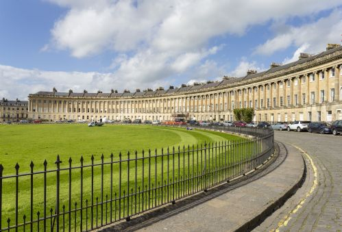 The Royal Crescent Garden Apartment