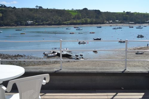Upfront,up,front,reviews,accommodation,self,catering,rental,holiday,homes,cottages,feedback,information,genuine,trust,worthy,trustworthy,supercontrol,system,guests,customers,verified,exclusive,l1 spindrift,holiday cornwall ltd,helford passage,,image,of,photo,picture,view