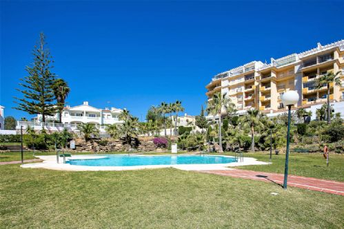 Upfront,up,front,reviews,accommodation,self,catering,rental,holiday,homes,cottages,feedback,information,genuine,trust,worthy,trustworthy,supercontrol,system,guests,customers,verified,exclusive,3 bedroom apartment, la cala de mijas 89287,villas away,la cala de mijas,,image,of,photo,picture,view