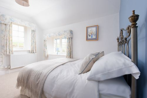 Upfront,up,front,reviews,accommodation,self,catering,rental,holiday,homes,cottages,feedback,information,genuine,trust,worthy,trustworthy,supercontrol,system,guests,customers,verified,exclusive,braunton farmhouse,my favourite cottages,braunton,,image,of,photo,picture,view
