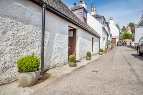 Upfront,up,front,reviews,accommodation,self,catering,rental,holiday,homes,cottages,feedback,information,genuine,trust,worthy,trustworthy,supercontrol,system,guests,customers,verified,exclusive,margaret street cottage,gael holiday homes,avoch,,image,of,photo,picture,view