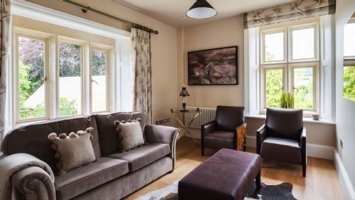 The Lodge Lounge Area - StayCotswold