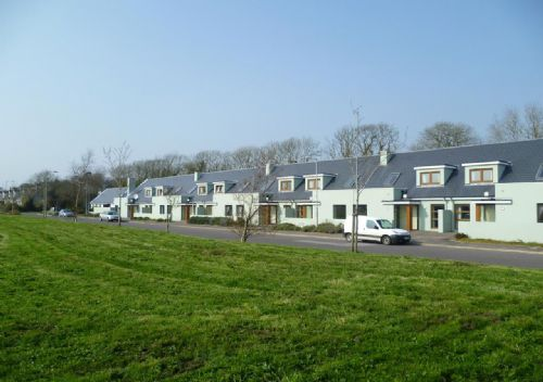 Shanagarry Holiday Village, Shanagarry, Co. Cork - 4 Bedrooms Sleeps 7