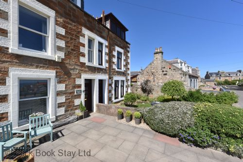 Upfront,up,front,reviews,accommodation,self,catering,rental,holiday,homes,cottages,feedback,information,genuine,trust,worthy,trustworthy,supercontrol,system,guests,customers,verified,exclusive,harbour heights ,click book stay ltd,st monans,fife,image,of,photo,picture,view