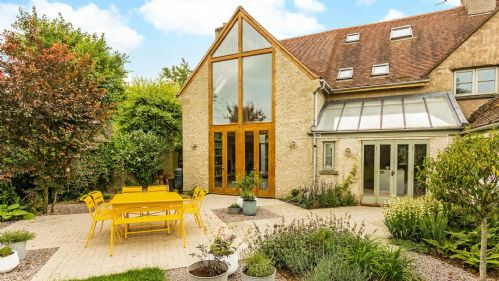 Upfront,up,front,reviews,accommodation,self,catering,rental,holiday,homes,cottages,feedback,information,genuine,trust,worthy,trustworthy,supercontrol,system,guests,customers,verified,exclusive,marston hill cottage,staycotswold,nr cirencester,,image,of,photo,picture,view