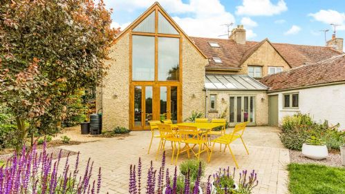 2 Marston Hill Farm Cottages Gardens - StayCotswold