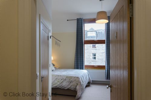 Upfront,up,front,reviews,accommodation,self,catering,rental,holiday,homes,cottages,feedback,information,genuine,trust,worthy,trustworthy,supercontrol,system,guests,customers,verified,exclusive,number 4 - perth city apartments,click book stay ltd,perth,perthshire,image,of,photo,picture,view