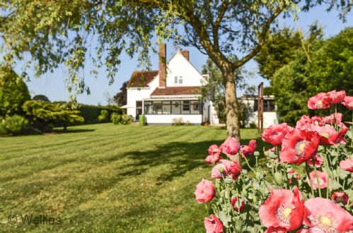 Upfront,up,front,reviews,accommodation,self,catering,rental,holiday,homes,cottages,feedback,information,genuine,trust,worthy,trustworthy,supercontrol,system,guests,customers,verified,exclusive,gayfere cottage,wellies & windbreaks,birdham,,image,of,photo,picture,view