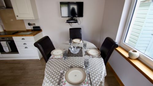 Upfront,up,front,reviews,accommodation,self,catering,rental,holiday,homes,cottages,feedback,information,genuine,trust,worthy,trustworthy,supercontrol,system,guests,customers,verified,exclusive,the old schoolhouse,cooper cottages,lochearnhead,,image,of,photo,picture,view