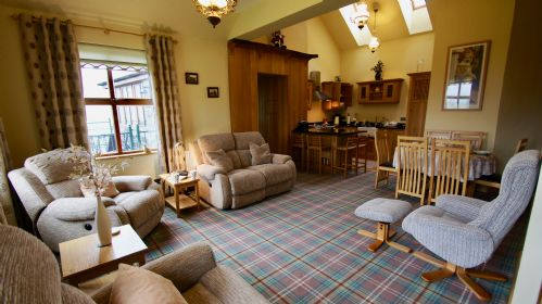 Upfront,up,front,reviews,accommodation,self,catering,rental,holiday,homes,cottages,feedback,information,genuine,trust,worthy,trustworthy,supercontrol,system,guests,customers,verified,exclusive,leitters cottage,cooper cottages,balquhidder station,,image,of,photo,picture,view