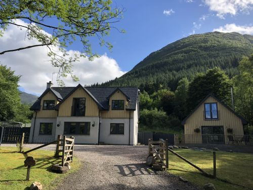 Upfront,up,front,reviews,accommodation,self,catering,rental,holiday,homes,cottages,feedback,information,genuine,trust,worthy,trustworthy,supercontrol,system,guests,customers,verified,exclusive,bluebell cottage glencoe,bluebell cottage glencoe,ballachulish,,image,of,photo,picture,view