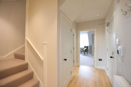 Upfront,up,front,reviews,accommodation,self,catering,rental,holiday,homes,cottages,feedback,information,genuine,trust,worthy,trustworthy,supercontrol,system,guests,customers,verified,exclusive,north castle street,greatbase apartments ltd,edinburgh,,image,of,photo,picture,view