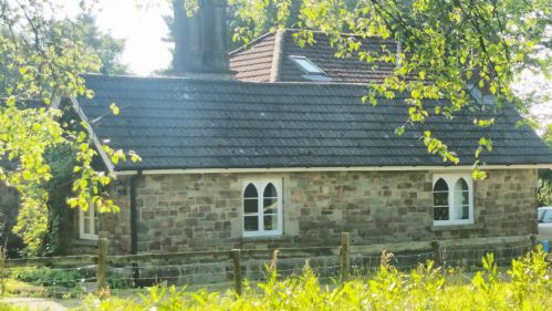 Upfront,up,front,reviews,accommodation,self,catering,rental,holiday,homes,cottages,feedback,information,genuine,trust,worthy,trustworthy,supercontrol,system,guests,customers,verified,exclusive,the keeper's cottage,clyne farm centre,swansea,,image,of,photo,picture,view