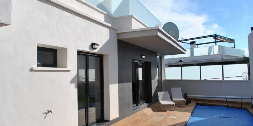 2. Villa Noah, Detached Villa with Private Pool & Solarium in Cabo Roig - 3 Bedrooms Sleeps 6