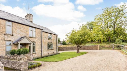 2 Orchard Cottages - StayCotswold