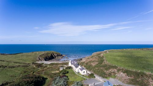 Upfront,up,front,reviews,accommodation,self,catering,rental,holiday,homes,cottages,feedback,information,genuine,trust,worthy,trustworthy,supercontrol,system,guests,customers,verified,exclusive,cable cottage,coastal holidays,church-bay,,image,of,photo,picture,view