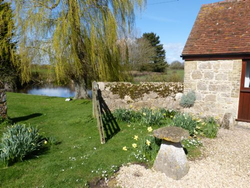 Upfront,up,front,reviews,accommodation,self,catering,rental,holiday,homes,cottages,feedback,information,genuine,trust,worthy,trustworthy,supercontrol,system,guests,customers,verified,exclusive,willows,home from home,calbourne,,image,of,photo,picture,view