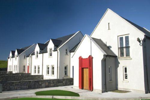 Doolin Court Holiday Village, Doolin, Co.Clare - 2 Bed - Sleeps 5