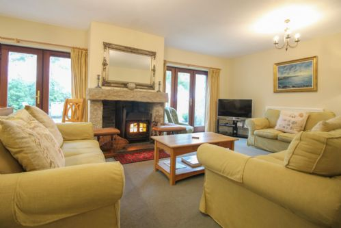 Upfront,up,front,reviews,accommodation,self,catering,rental,holiday,homes,cottages,feedback,information,genuine,trust,worthy,trustworthy,supercontrol,system,guests,customers,verified,exclusive,the linney,cornwalls cottages ltd,wadebridge,,image,of,photo,picture,view