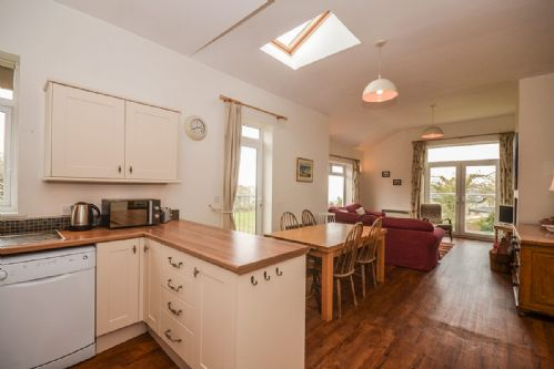 Upfront,up,front,reviews,accommodation,self,catering,rental,holiday,homes,cottages,feedback,information,genuine,trust,worthy,trustworthy,supercontrol,system,guests,customers,verified,exclusive,tan y bryn (sleeps 2),coastal holidays,beaumaris,,image,of,photo,picture,view
