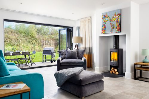 Upfront,up,front,reviews,accommodation,self,catering,rental,holiday,homes,cottages,feedback,information,genuine,trust,worthy,trustworthy,supercontrol,system,guests,customers,verified,exclusive,bulrushes (bv4), dorset,habitat escapes,dorset,,image,of,photo,picture,view