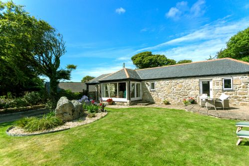 Upfront,up,front,reviews,accommodation,self,catering,rental,holiday,homes,cottages,feedback,information,genuine,trust,worthy,trustworthy,supercontrol,system,guests,customers,verified,exclusive,boskenna cottage,boskenna home farm,penzance,,image,of,photo,picture,view