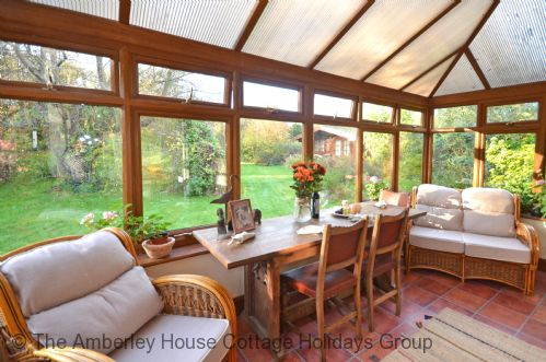 Upfront,up,front,reviews,accommodation,self,catering,rental,holiday,homes,cottages,feedback,information,genuine,trust,worthy,trustworthy,supercontrol,system,guests,customers,verified,exclusive,the brambles,the amberley house cottage holidays group,westergate,,image,of,photo,picture,view