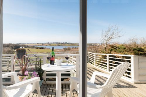 Upfront,up,front,reviews,accommodation,self,catering,rental,holiday,homes,cottages,feedback,information,genuine,trust,worthy,trustworthy,supercontrol,system,guests,customers,verified,exclusive,owain's lake view,anglesey holiday lettings ,llanfaelog,,image,of,photo,picture,view
