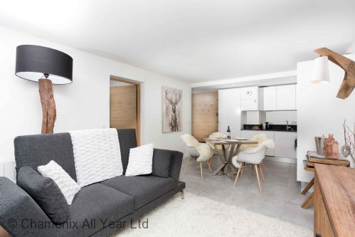 La Cordee 412 Apartment is stylish & comfortable