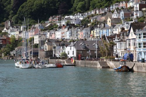 Upfront,up,front,reviews,accommodation,self,catering,rental,holiday,homes,cottages,feedback,information,genuine,trust,worthy,trustworthy,supercontrol,system,guests,customers,verified,exclusive,2 dartview,dart valley cottages,dartmouth,,image,of,photo,picture,view