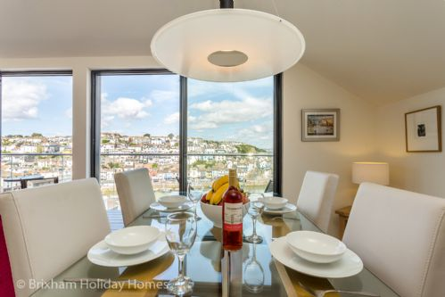 Upfront,up,front,reviews,accommodation,self,catering,rental,holiday,homes,cottages,feedback,information,genuine,trust,worthy,trustworthy,supercontrol,system,guests,customers,verified,exclusive,seascape - brixham,brixham holidays ltd,brixham,,image,of,photo,picture,view