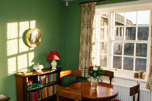 Upfront,up,front,reviews,accommodation,self,catering,rental,holiday,homes,cottages,feedback,information,genuine,trust,worthy,trustworthy,supercontrol,system,guests,customers,verified,exclusive,ef garrison house,irish landmark trust (eur),cork,,image,of,photo,picture,view