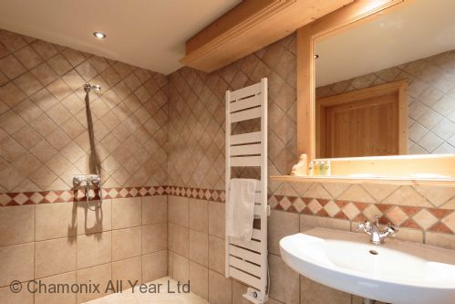 Ground floor ensuite bathroom with Italian shower