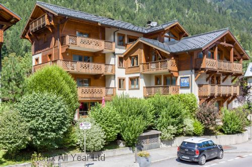The residence is located in Chamonix town centre