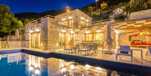 Upfront,up,front,reviews,accommodation,self,catering,rental,holiday,homes,cottages,feedback,information,genuine,trust,worthy,trustworthy,supercontrol,system,guests,customers,verified,exclusive,manor villa,olive tree travel,old town kalkan,,image,of,photo,picture,view