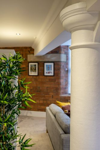 Upfront,up,front,reviews,accommodation,self,catering,rental,holiday,homes,cottages,feedback,information,genuine,trust,worthy,trustworthy,supercontrol,system,guests,customers,verified,exclusive,cocoa loft,stays york,york,,image,of,photo,picture,view