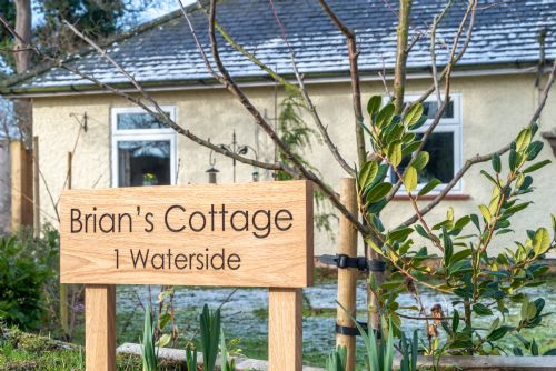 Upfront,up,front,reviews,accommodation,self,catering,rental,holiday,homes,cottages,feedback,information,genuine,trust,worthy,trustworthy,supercontrol,system,guests,customers,verified,exclusive,brian's cottage ,east ruston cottages ltd,honing,,image,of,photo,picture,view
