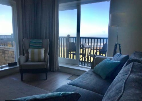 Gorgeous Sea Views from the comfort of the sofa