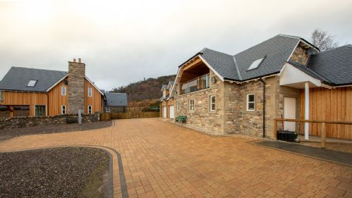 Upfront,up,front,reviews,accommodation,self,catering,rental,holiday,homes,cottages,feedback,information,genuine,trust,worthy,trustworthy,supercontrol,system,guests,customers,verified,exclusive,the stables,highland perthshire holiday homes,dunkeld,,image,of,photo,picture,view