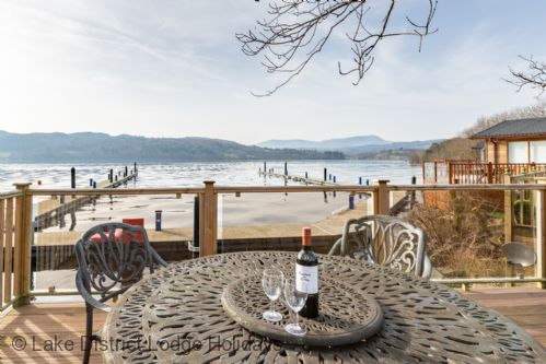 Upfront,up,front,reviews,accommodation,self,catering,rental,holiday,homes,cottages,feedback,information,genuine,trust,worthy,trustworthy,supercontrol,system,guests,customers,verified,exclusive,waterbird,lake district lodge holidays,lake view 4,,image,of,photo,picture,view