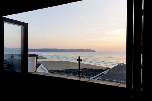 Upfront,up,front,reviews,accommodation,self,catering,rental,holiday,homes,cottages,feedback,information,genuine,trust,worthy,trustworthy,supercontrol,system,guests,customers,verified,exclusive,8 little beach,holiday home hunter,woolacombe,,image,of,photo,picture,view