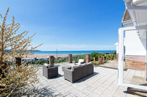 Upfront,up,front,reviews,accommodation,self,catering,rental,holiday,homes,cottages,feedback,information,genuine,trust,worthy,trustworthy,supercontrol,system,guests,customers,verified,exclusive,cliff cottage,holiday home hunter,woolacombe,,image,of,photo,picture,view