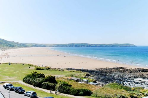 Upfront,up,front,reviews,accommodation,self,catering,rental,holiday,homes,cottages,feedback,information,genuine,trust,worthy,trustworthy,supercontrol,system,guests,customers,verified,exclusive,6 little beach,holiday home hunter,woolacombe,,image,of,photo,picture,view