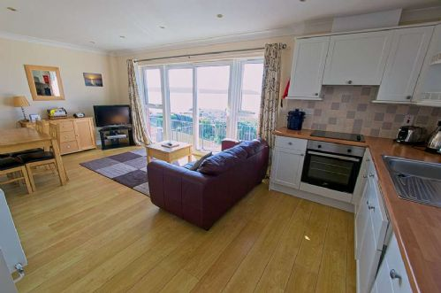 Upfront,up,front,reviews,accommodation,self,catering,rental,holiday,homes,cottages,feedback,information,genuine,trust,worthy,trustworthy,supercontrol,system,guests,customers,verified,exclusive,cliffside garden flat,holiday home hunter,woolacombe,,image,of,photo,picture,view