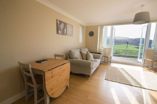 Upfront,up,front,reviews,accommodation,self,catering,rental,holiday,homes,cottages,feedback,information,genuine,trust,worthy,trustworthy,supercontrol,system,guests,customers,verified,exclusive,driftwood,holiday home hunter,woolacombe,,image,of,photo,picture,view