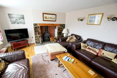 Upfront,up,front,reviews,accommodation,self,catering,rental,holiday,homes,cottages,feedback,information,genuine,trust,worthy,trustworthy,supercontrol,system,guests,customers,verified,exclusive,ivycott,holiday home hunter,woolacombe,,image,of,photo,picture,view