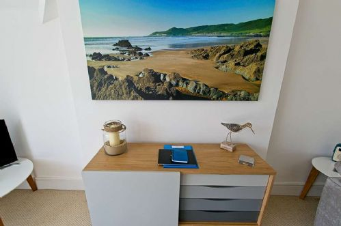 Upfront,up,front,reviews,accommodation,self,catering,rental,holiday,homes,cottages,feedback,information,genuine,trust,worthy,trustworthy,supercontrol,system,guests,customers,verified,exclusive,the view (6 pebbles court),holiday home hunter,mortehoe,,image,of,photo,picture,view