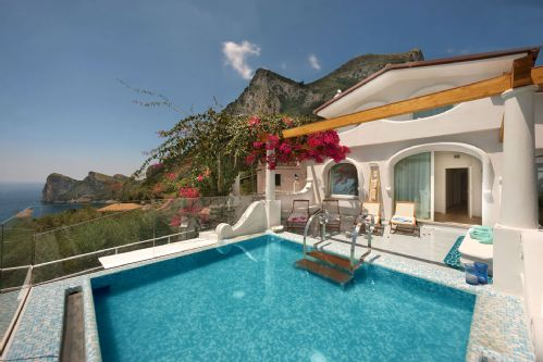 Upfront,up,front,reviews,accommodation,self,catering,rental,holiday,homes,cottages,feedback,information,genuine,trust,worthy,trustworthy,supercontrol,system,guests,customers,verified,exclusive,villa delle sirene,my rental homes by rentals in italy srl,massa lubrense,,image,of,photo,picture,view