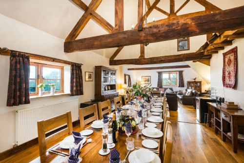 Upfront,up,front,reviews,accommodation,self,catering,rental,holiday,homes,cottages,feedback,information,genuine,trust,worthy,trustworthy,supercontrol,system,guests,customers,verified,exclusive,trevase granary,trevase cottages,hereford,,image,of,photo,picture,view