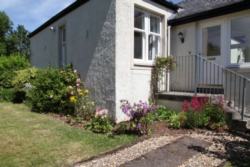 Upfront,up,front,reviews,accommodation,self,catering,rental,holiday,homes,cottages,feedback,information,genuine,trust,worthy,trustworthy,supercontrol,system,guests,customers,verified,exclusive,noddsdale estate - willow cottage,noddsdale estate,largs,,image,of,photo,picture,view
